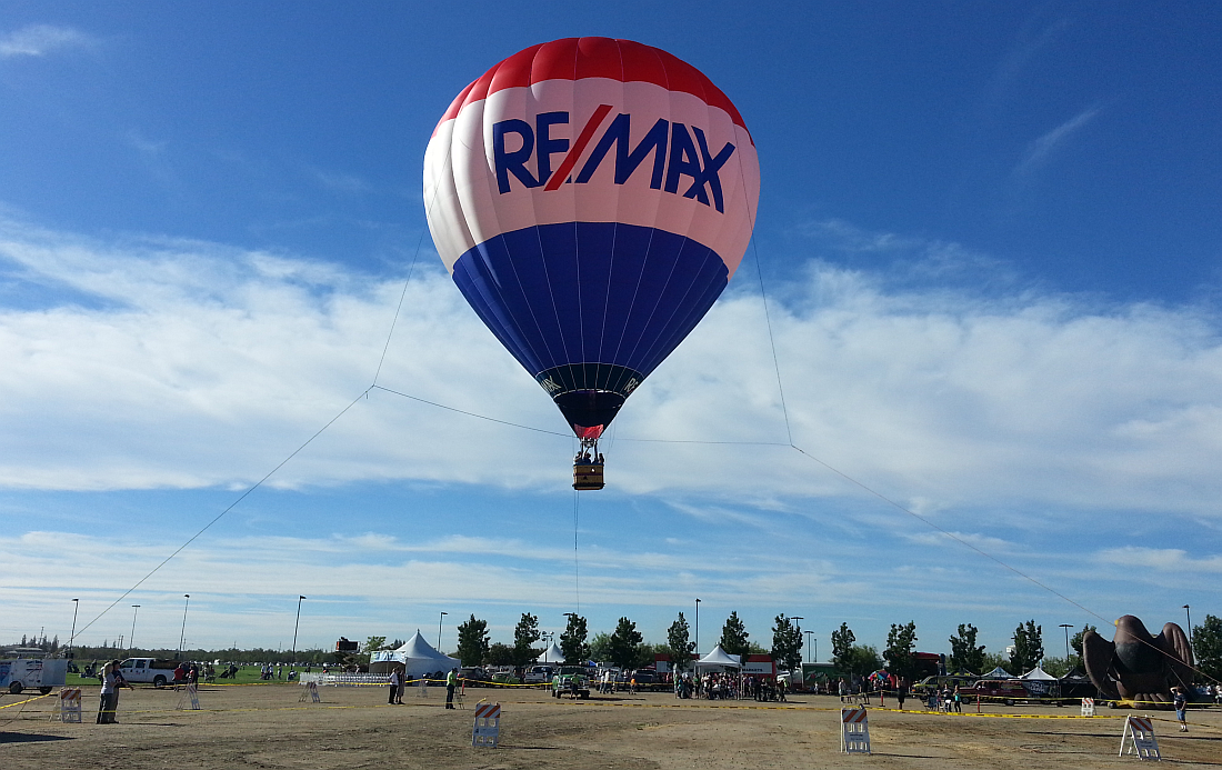 Cheers Aerial Media - RE/MAX Hot Air Balloon Tether